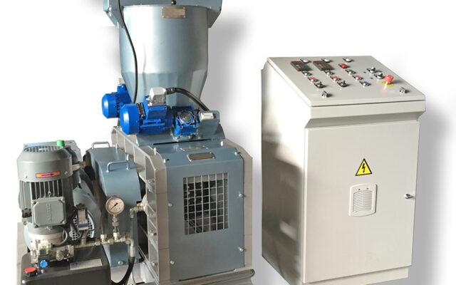 Prasa walcowa do brykietowania o wydajności 1000 kg na godzinę, model ARP-1